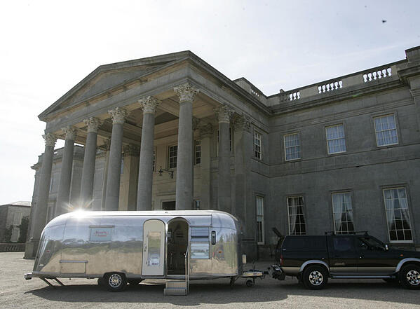 600x442 Promotional Campaign Vehicle Logistics_Airstream