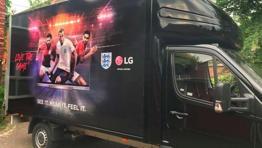 LG van hire - campaign support vehicle